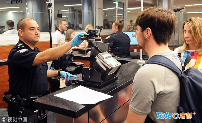 美国奥兰多机场使用人脸识别安检.jpg