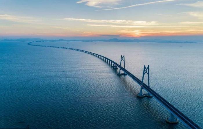 港珠澳大桥一景.jpg