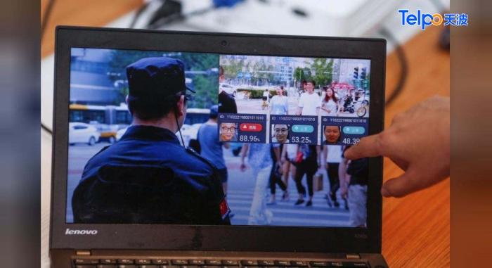 小区使用人脸识别提高安全度.jpg