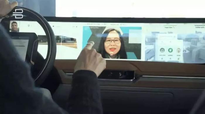 车上使用人脸识别终端.jpg
